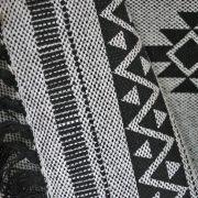 Dywanik bawełniany z frędzlami szary w czarne wzory 50×80