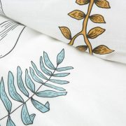 POŚCIEL bawełniana biała liście 160×200 niebieska musztardowa