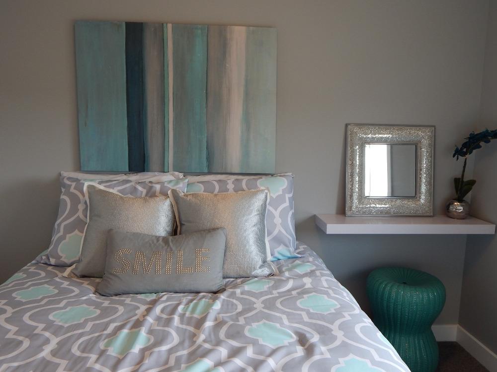 przytulna sypialnia turkusowa