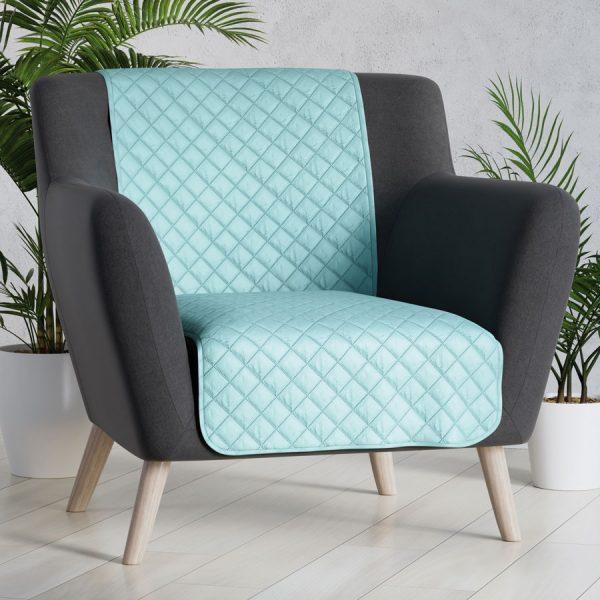 Narzuta na fotel miętowa 70×160 z miękkiej tkaniny pikowana nakanapę