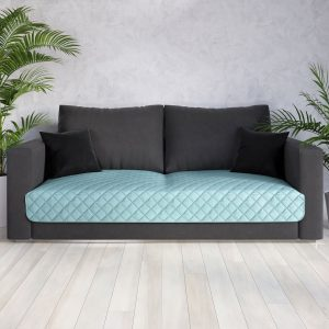 Narzuta na fotel miętowa 70x160 z miękkiej tkaniny pikowana nakanapę