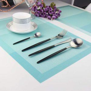 Mata na stół 30x45 wodoodporna podkładka pod talerze turkusowa