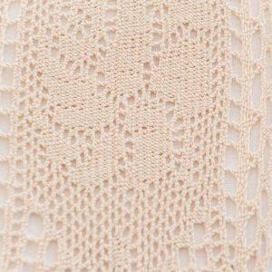 Obrus szydełkowy bawełniany beżowy z koronką bordiurą 110x160